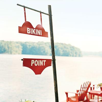 bikini-point-sign-lake-l