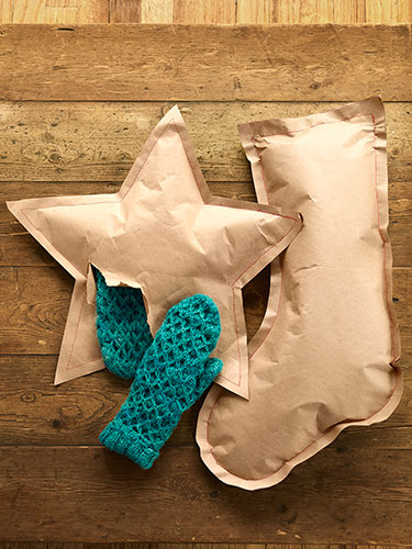 crafts-kraft-paper-stockings-0114-lgn